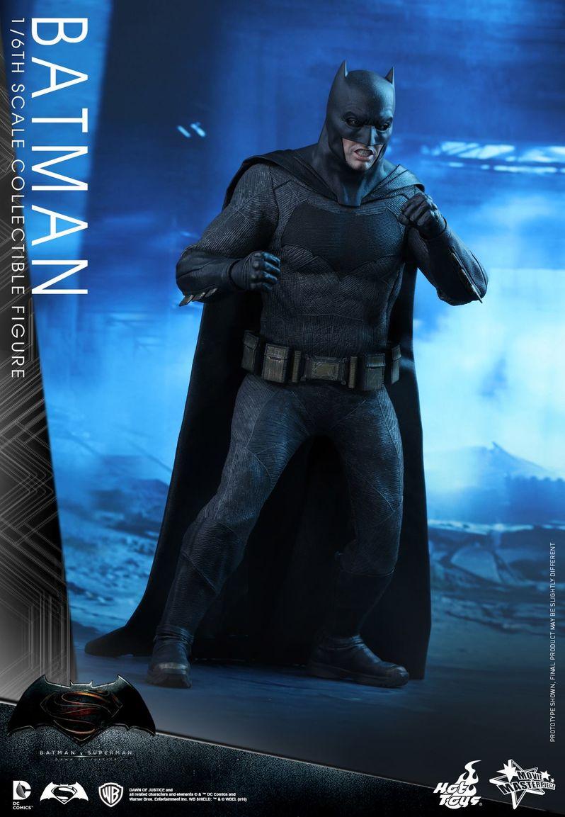 <strong><em>Batman v Superman: Dawn of Justice</em></strong> Hot Toys Photo 15