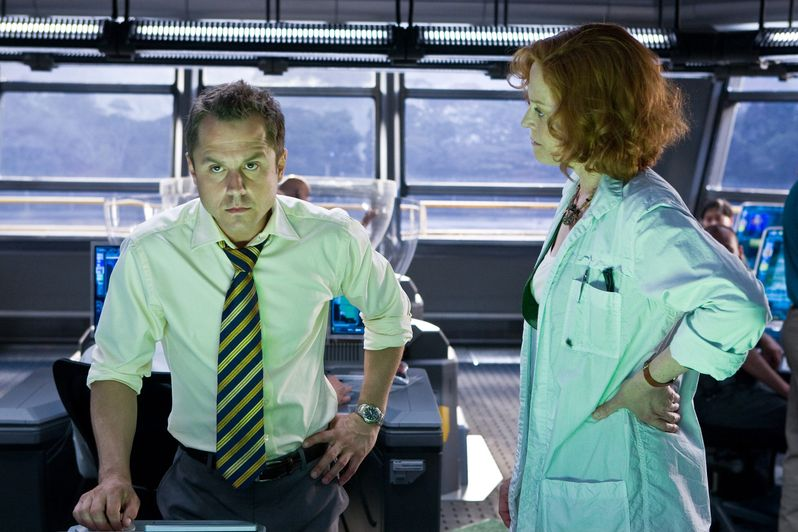 Giovanni Ribisi and Selfridge and Sigourney Weaver and Dr. Grace Augustine