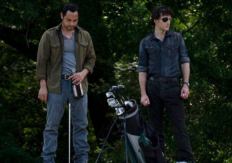 <strong><em>The Walking Dead</em></strong> Dead Weight Photo 1
