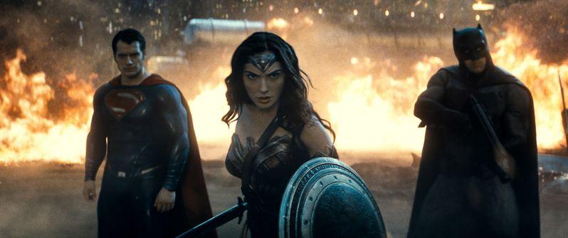 <strong><em>Batman v Superman: Dawn of Justice</em></strong> photo 3