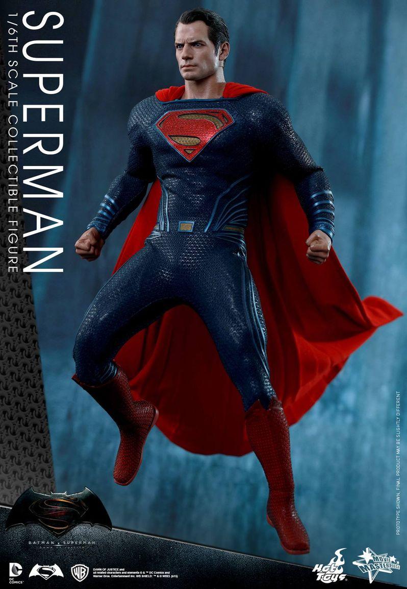 <strong><em>Batman v Superman: Dawn of Justice</em></strong> Hot Toys Photo 29