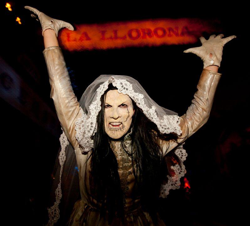 Universal's Halloween Horror Nights 2010 photo 3