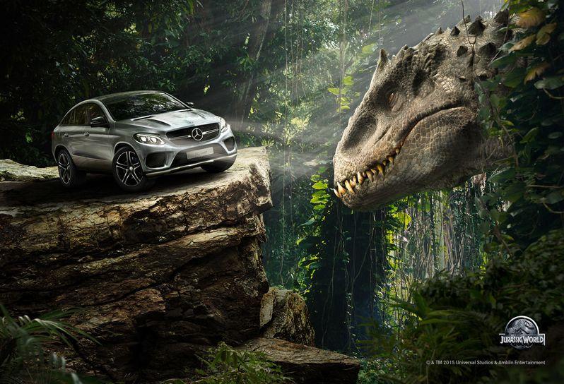 <strong><em>Jurassic World</em></strong> Indominous Rex Mercedes-Benz Photo
