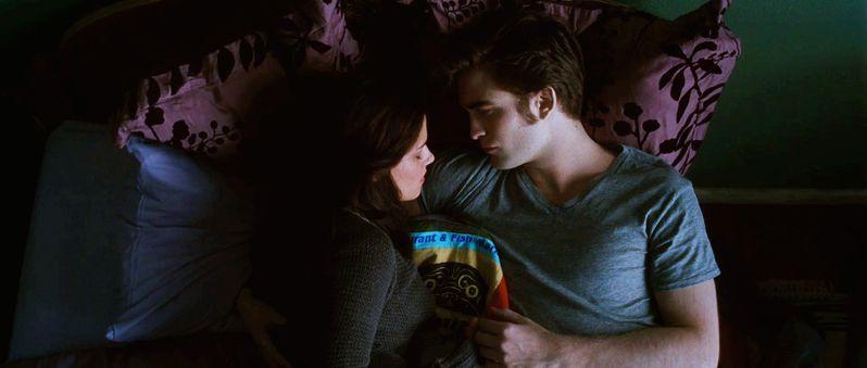 <strong><em>The Twilight Saga: Eclipse</em></strong> trailer image #3