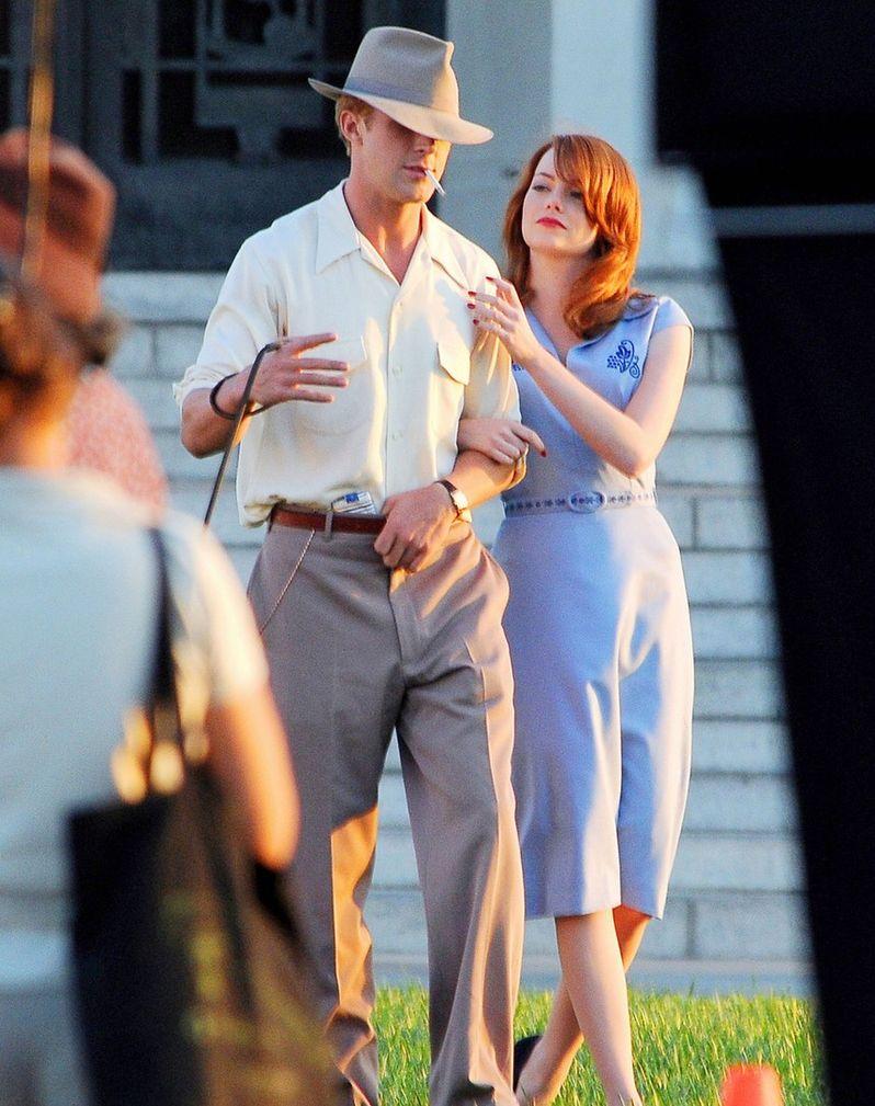 Ryan Gosling and Emma Stone on The <strong><em>Gangster Squad</em></strong> Set #1
