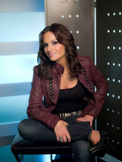 Kara DioGuardi leaves <strong><em>American Idol</em></strong>