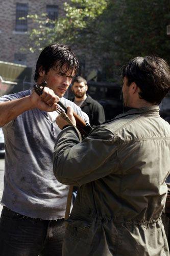 <strong><em>Smallville</em></strong>