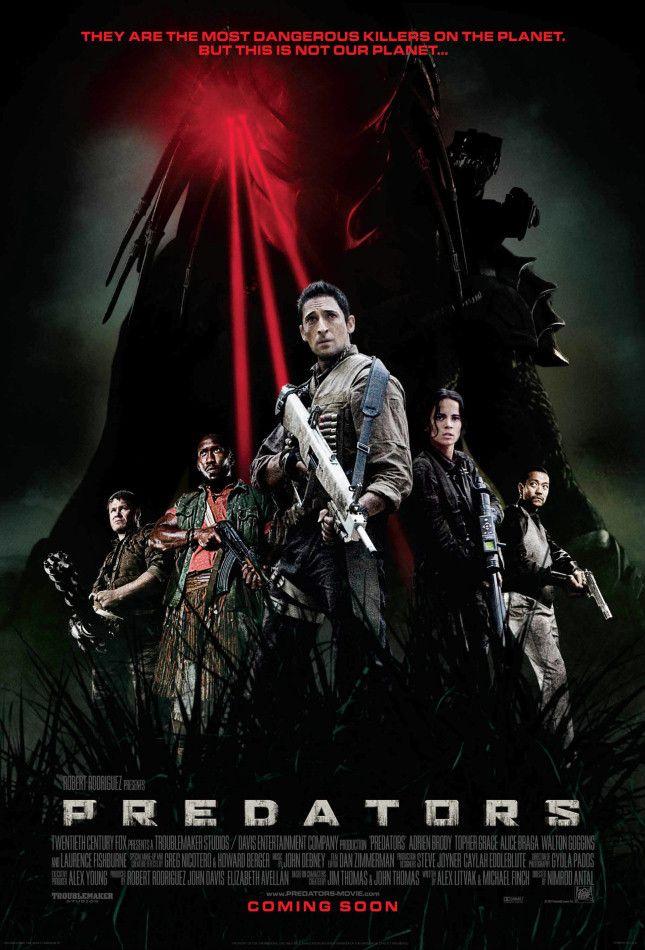 <strong><em>Predators</em></strong> International Poster #1