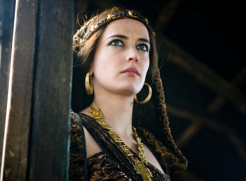 <strong><em>Camelot</em></strong> Season 1 Photo #5