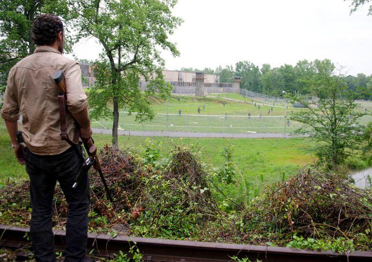 <strong><em>The Walking Dead</em></strong> Season 3 Premiere Photo #4