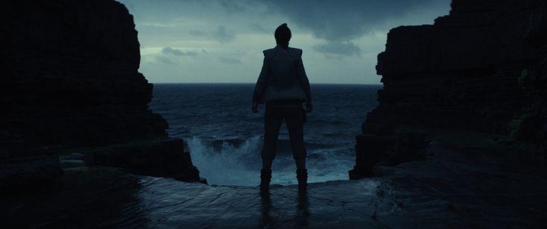 <strong><em>Star Wars: The Last Jedi</em></strong> photo 4