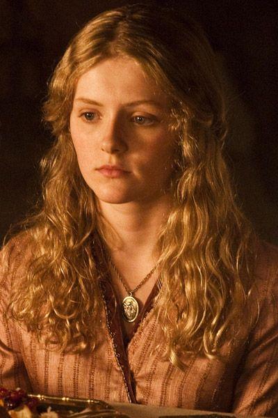 Sophie Turner as Sansa in <strong><em>Game of Thrones</em></strong>