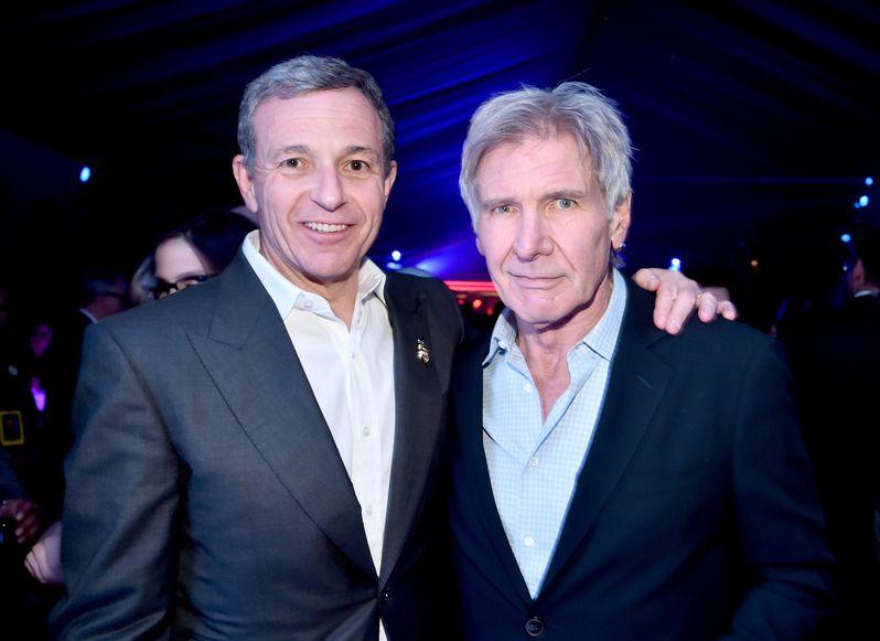 <strong><em>Star Wars: The Force Awakens</em></strong> photo 5