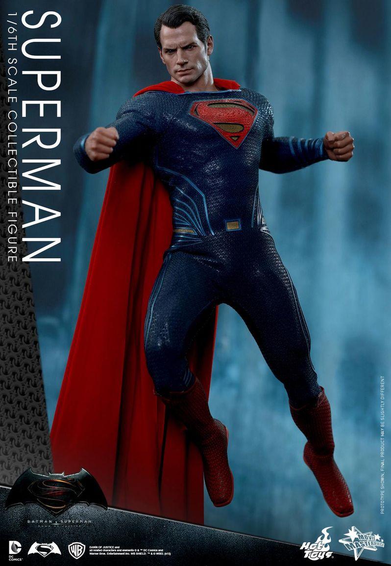 <strong><em>Batman v Superman: Dawn of Justice</em></strong> Hot Toys Photo 33
