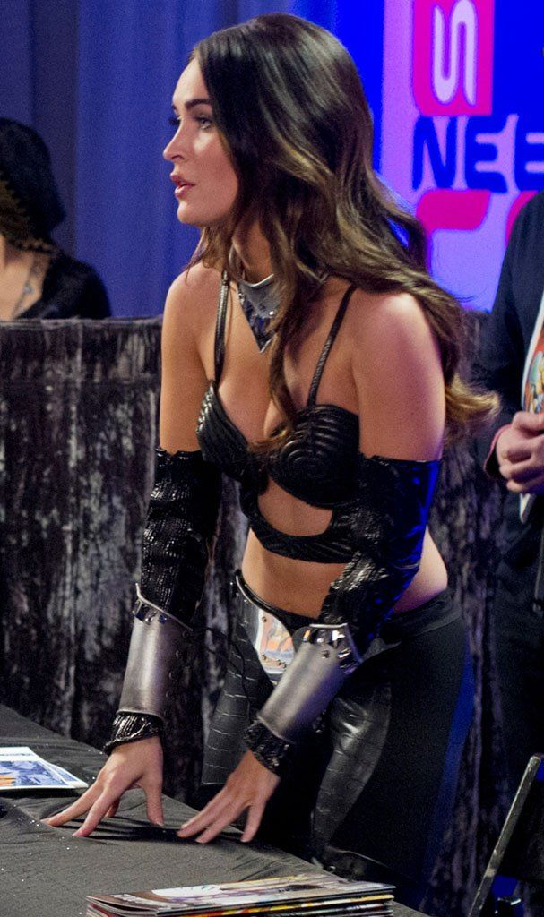 <strong><em>Wedding Band</em></strong> Megan Fox Photo 3
