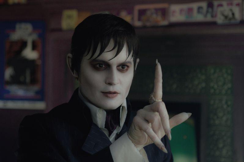 Johnny Depp in <strong><em>Dark Shadows</em></strong>
