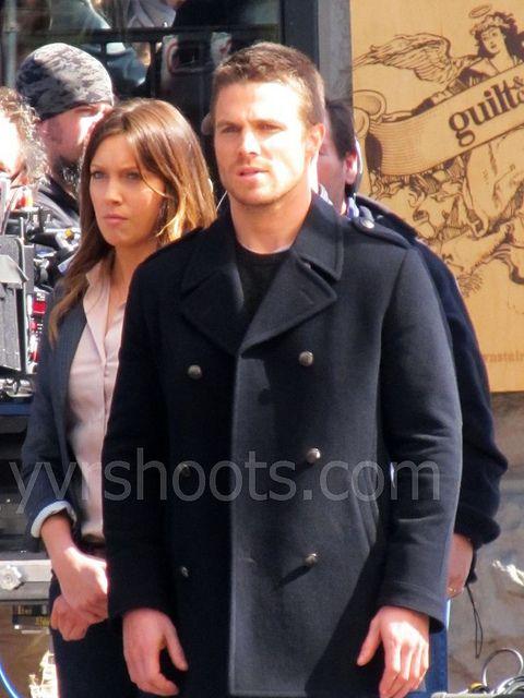 The <strong><em>Arrow</em></strong> Set Photos #1