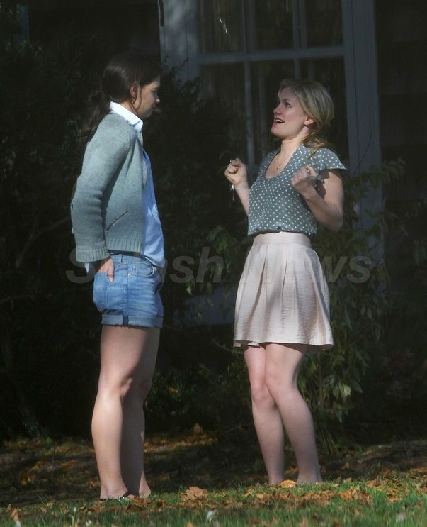 Katie Holmes and Anna Paquin on the set of <strong><em>The Romantics</em></strong>