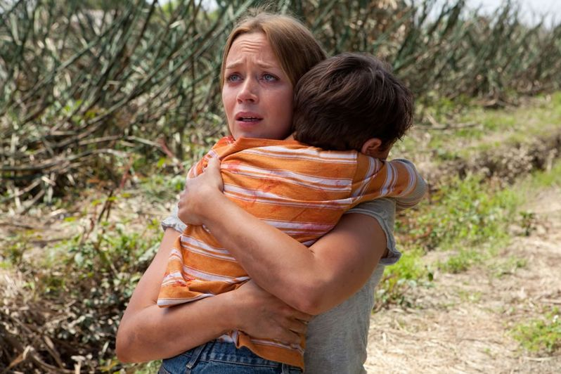 Emily Blunt discusses playing Sara in <strong><em>Looper</em></strong>