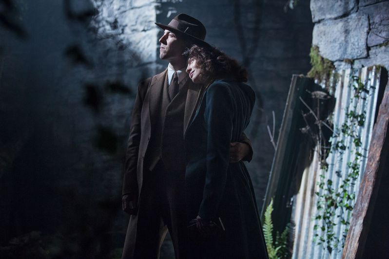 <strong><em>Outlander</em></strong> - Season 1 photo 1
