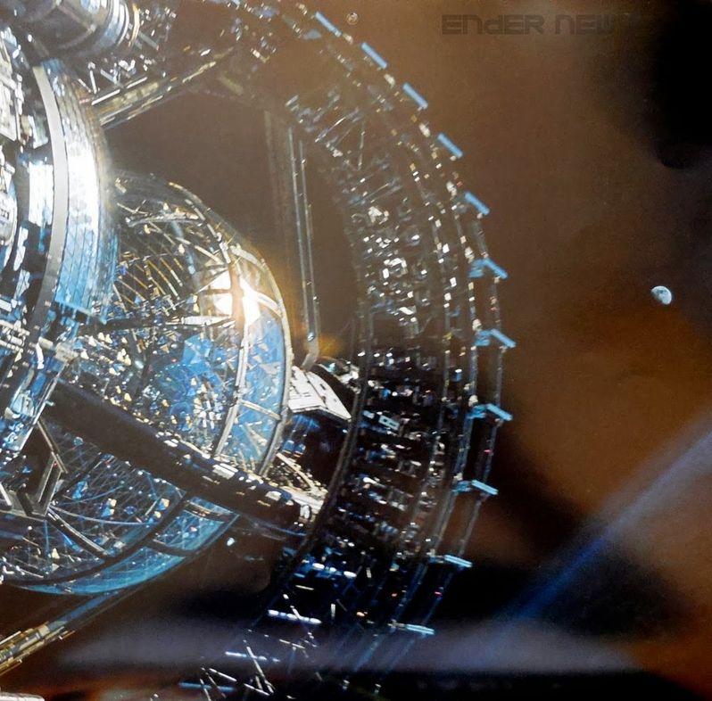 <strong><em>Ender's Game</em></strong> Calendar Photo 6