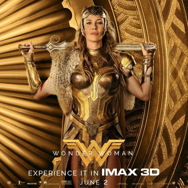 <strong><em>Wonder Woman</em></strong> photo 3