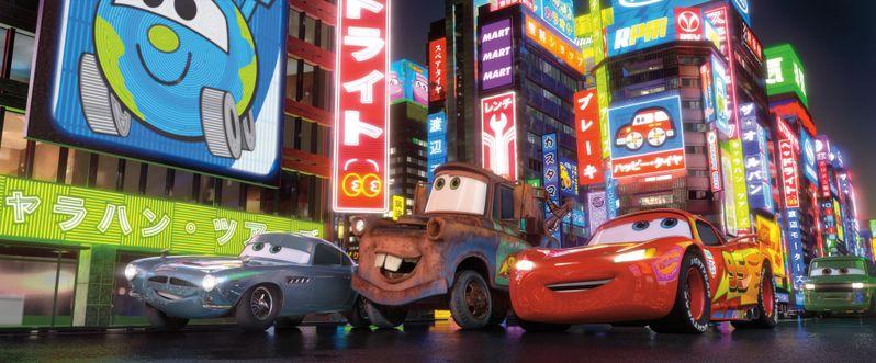 Finn McMissile, Mater and Lightning McQueen in <strong><em>Cars 2</em></strong>
