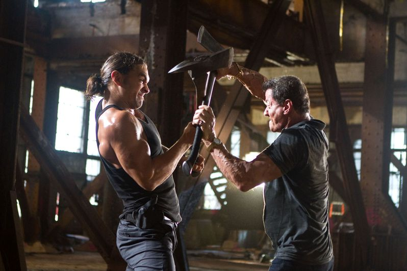 Sylvester Stallone battles Jason Momoa in our exclusive photo from <strong><em>Bullet to the Head</em></strong>
