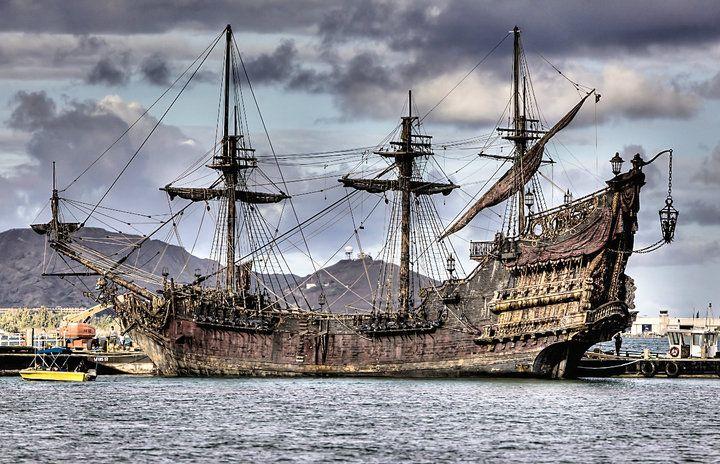 The Queen Anne's Revenge in Pirates 4