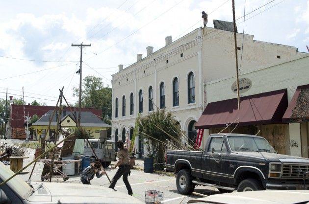 <strong><em>The Walking Dead</em></strong> Season 3 Episode 12 Photo 4