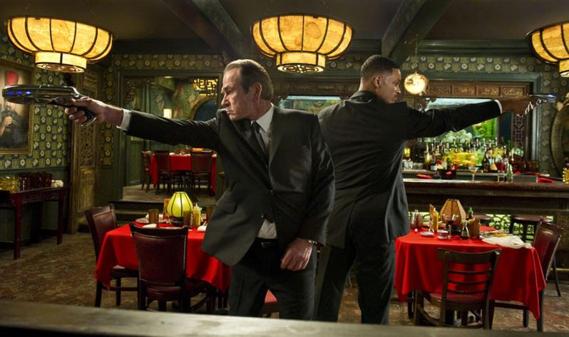 Will Smith and Tommy Lee Jones in Men in Black III