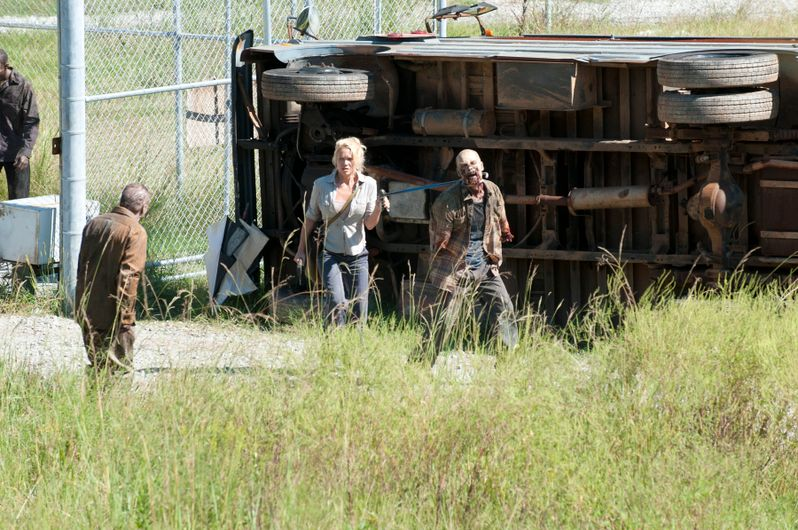 <strong><em>The Walking Dead</em></strong> Season 3 Episode 11 Photo 1