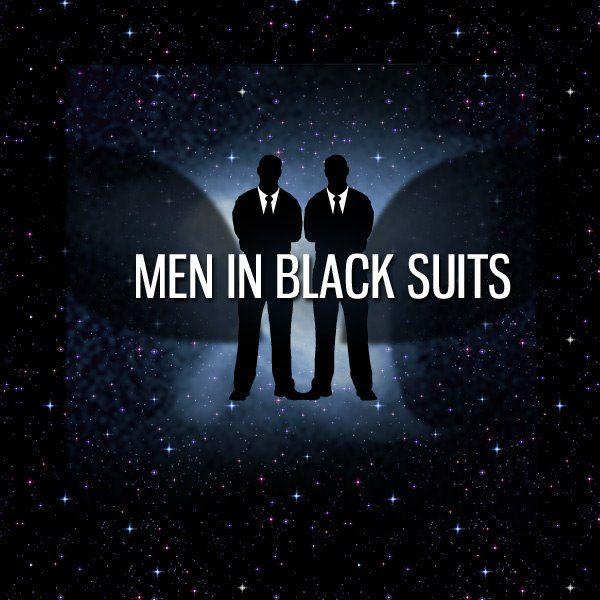 <strong><em>Men in Black 3</em></strong> Men In Black Suits