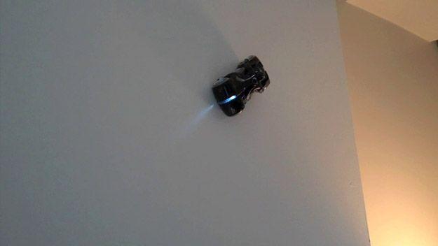 Tron Legacy Zero Gravity Light Cycle Image #2