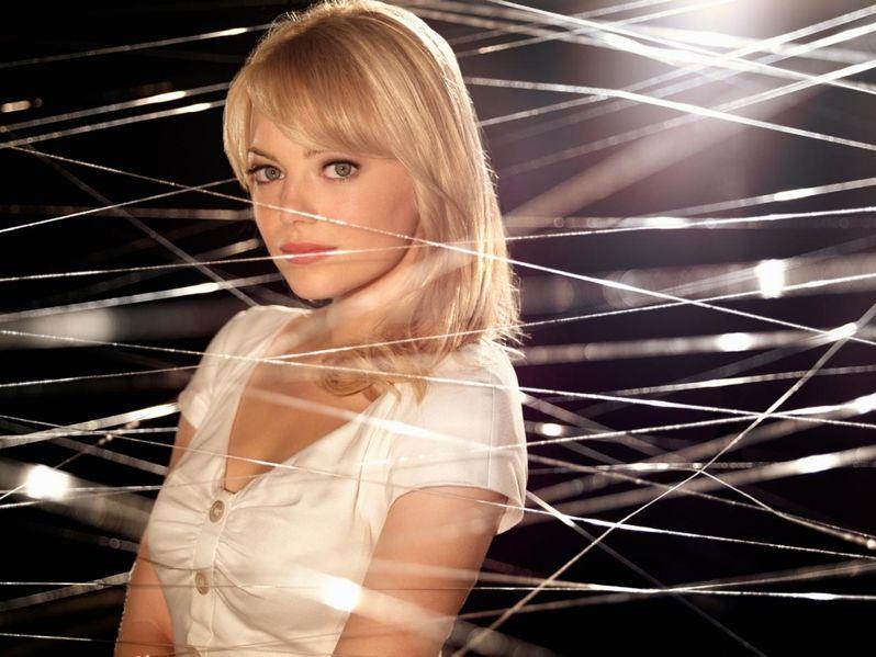 <strong><em>The Amazing Spider-Man</em></strong> Emma Stone Promo Photo