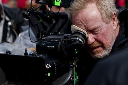 Ridley Scott on the set of <strong><em>Robin Hood</em></strong>