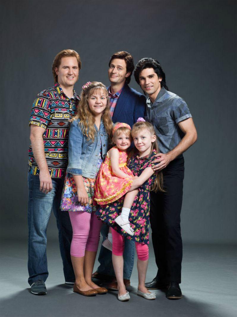Unauthorized Full House Story Cast Photo
