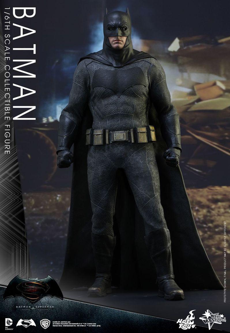 <strong><em>Batman v Superman: Dawn of Justice</em></strong> Hot Toys Photo 11