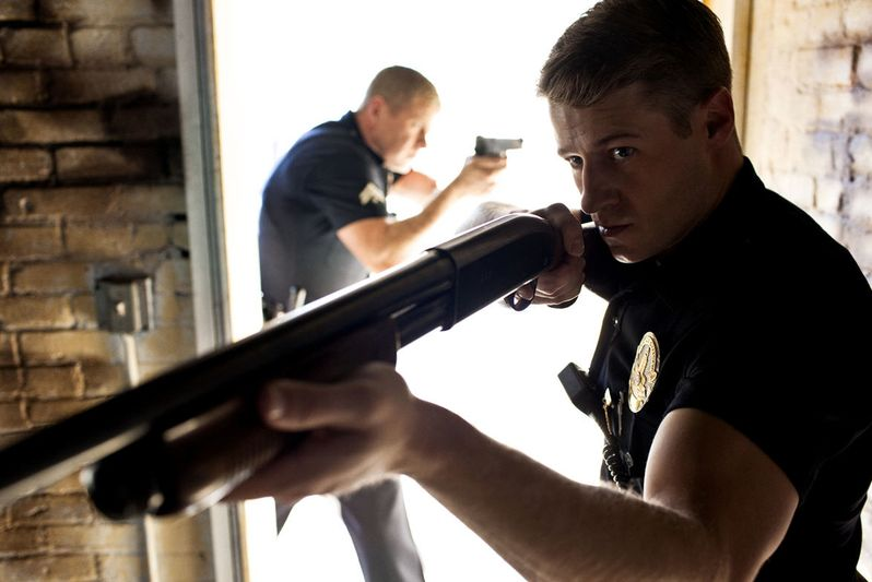 Benjamin McKenzie and Michael Cudlitz star in the hit TNT cop drama
