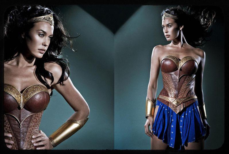 <strong><em>Wonder Woman</em></strong> Costume