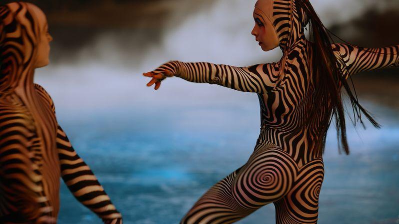 <strong><em>Cirque du Soleil Worlds Away</em></strong> Photo 4